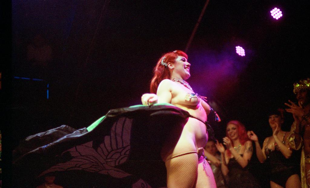burlesque050